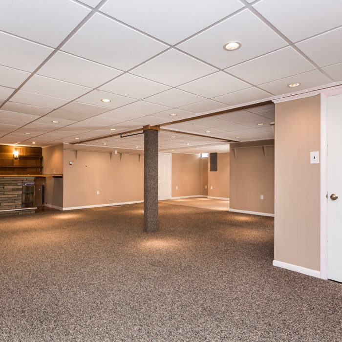 3100 Hiss Avenue basement