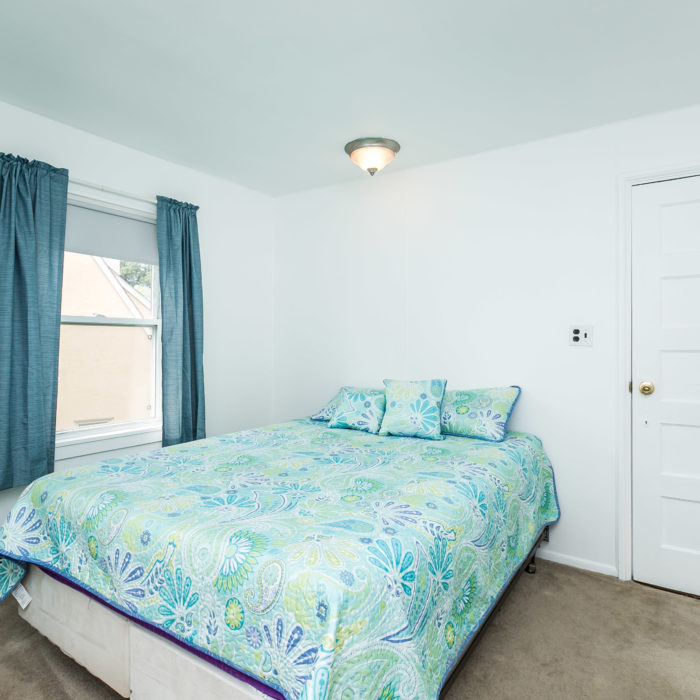 42 Admiral Boulevard bedroom blue