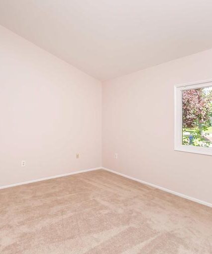 11223 Snowflake Ct. bedroom