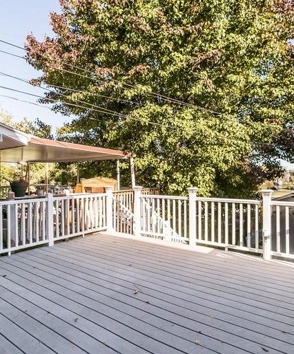 7335 Stratton Way back deck