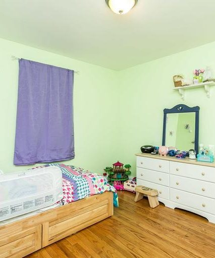 2508 Glencoe Rd. purple bedroom