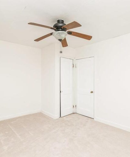 3920 Wilke Ave. bedroom with ceiling fan