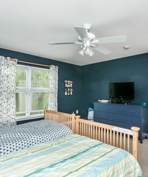 3919 Briar Point Road blue bedroom
