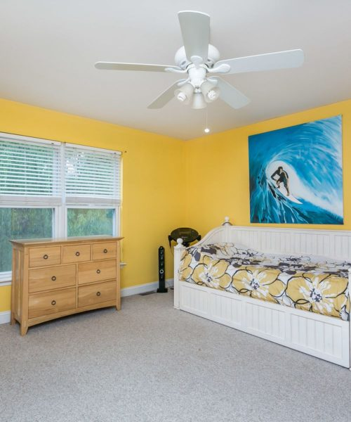 3919 Briar Point Road yellow bedroom