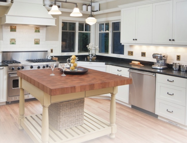 staging your kitchen when your house is for sale