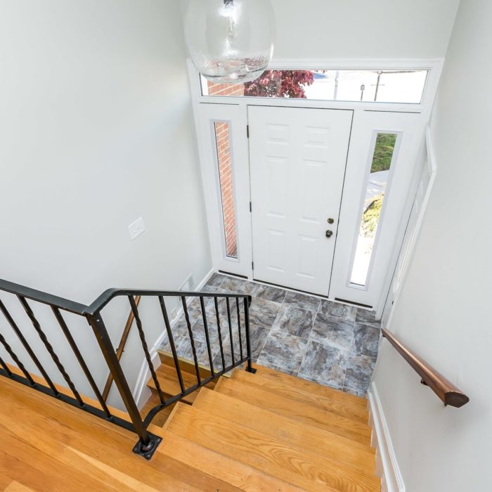 4416 Wynn Rd. split foyer