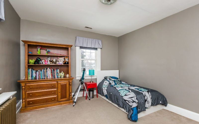 5804 Clearspring Road, bedroom 3