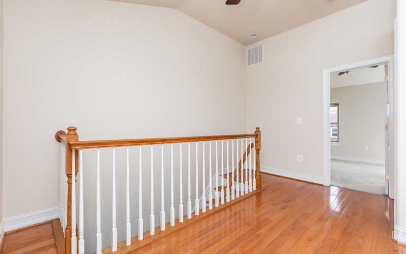 2012 Gough Street, upstairs landing