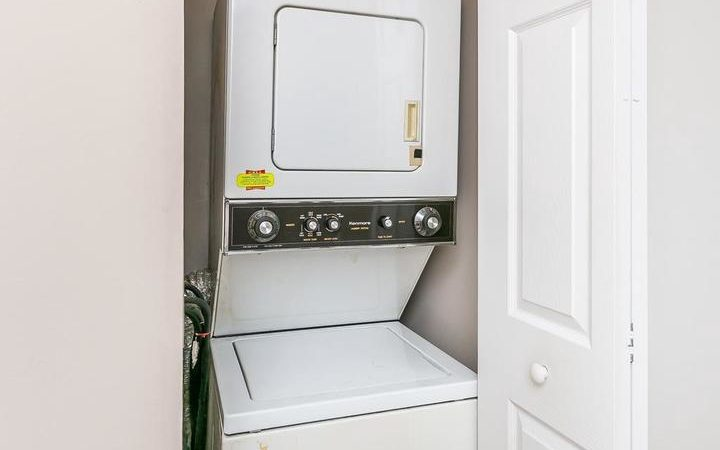 28 Stillwood Circle, laundry area with washer and dryer
