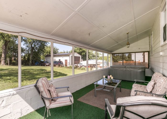 6536 Corkley Road, screened patio