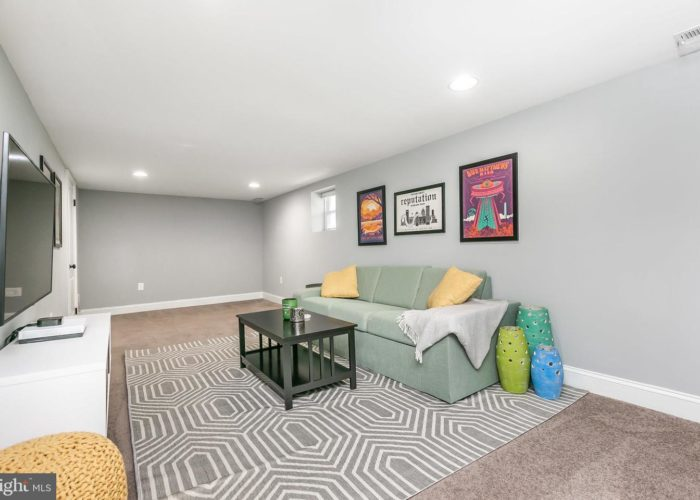 3039 Fleetwood Avenue, basement rec room