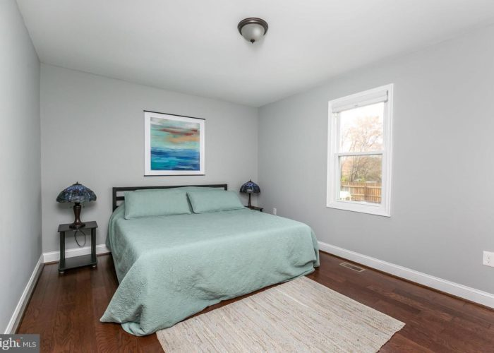 3039 Fleetwood Avenue, bedroom 1