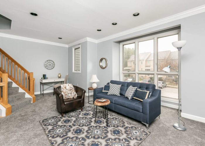 25 Stablemere Ct., rec room