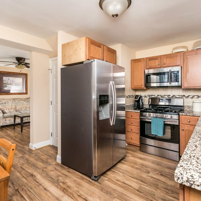 3104 Yorkway, kitchen appliances
