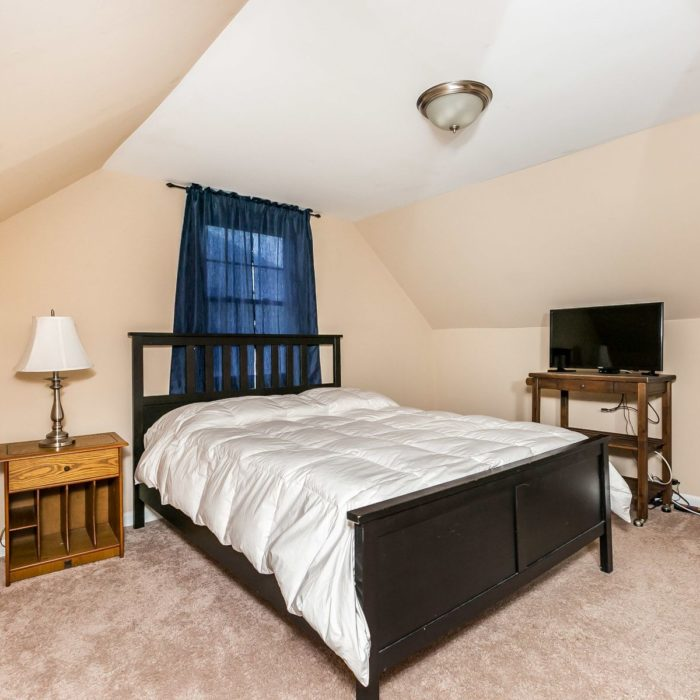 3104 Yorkway, large bedroom