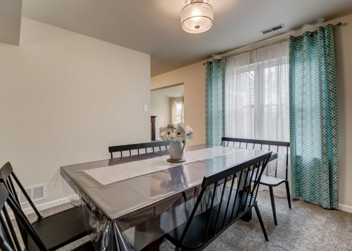 3009 Lilac Court, dining room table