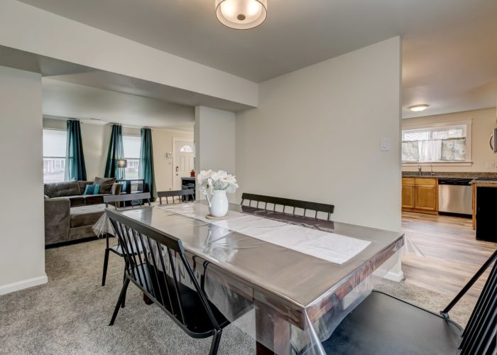 3009 Lilac Court, dining room