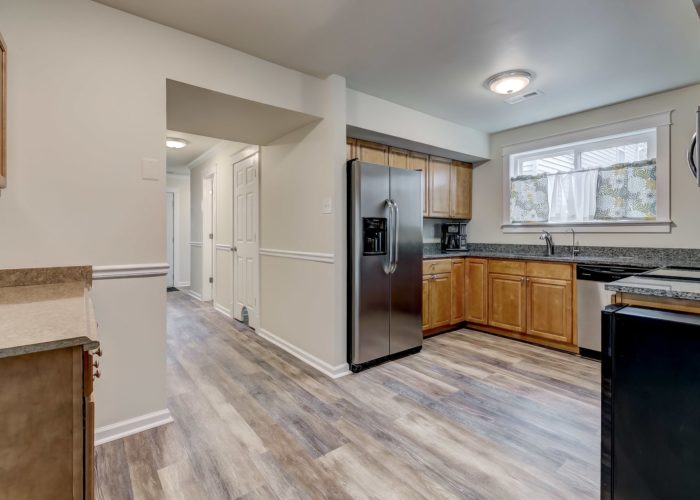 3009 Lilac Court, stainless appliances