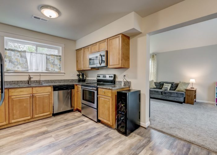 3009 Lilac Court, wooden cabinets