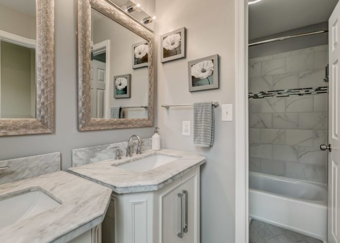 3009 Lilac Court, bathroom with shower