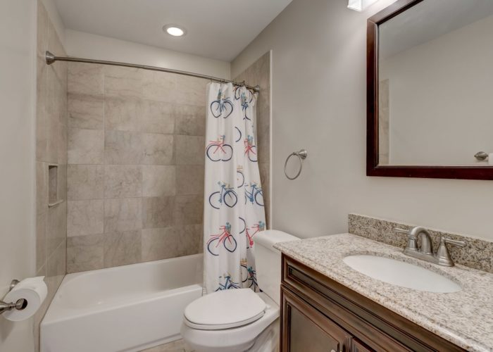 506 Locksley Road, bathroom with bicycle shower curtain