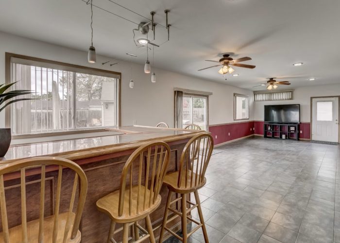 8134 Bullneck Road, large room with dining area