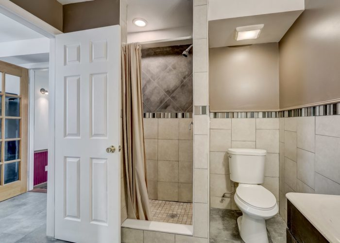 8134 Bullneck Road, bathroom with stall shower