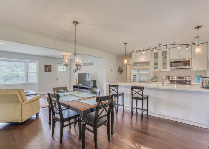 1417 Buckthorn Drive, dining room and kitchen with lots of light