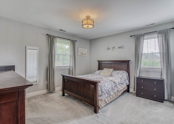 1417 Buckthorn Drive, first bedroom showing ceiling fixture