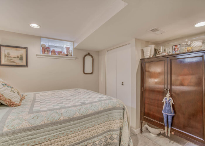 4247 Darleigh Road, third bedroom