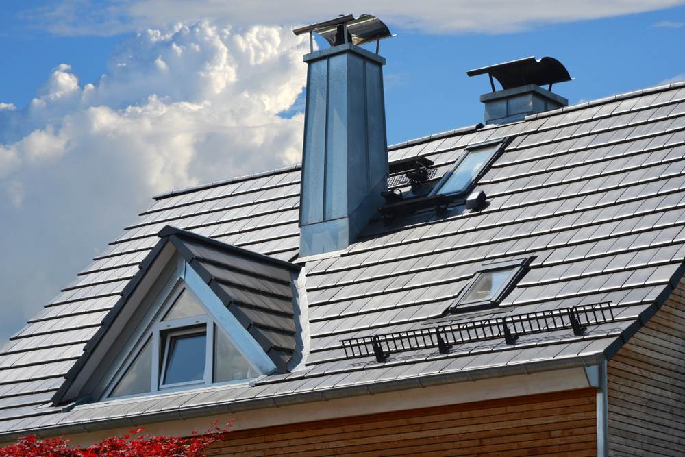 There are many benefits to having a chimney cap on your home's chimney.