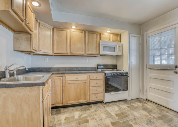 1904 Searles Rd., kitchen cabinets and appliances
