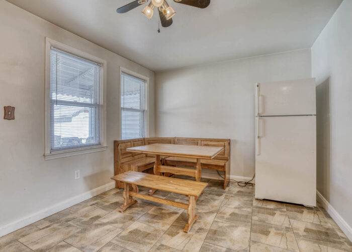 1904 Searles Rd., kitchen dining with ceiling fan