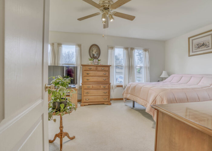 198 Donizetti Ct., second bedroom with ceiling fan