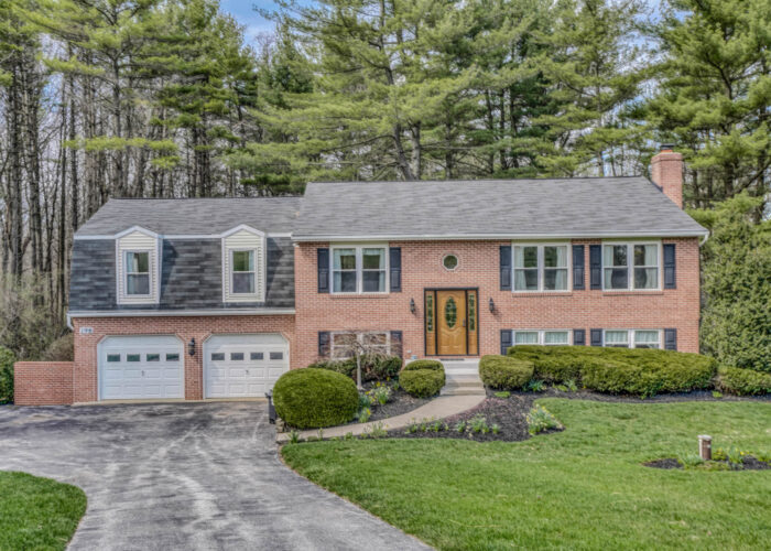 198 Donizetti Ct., view from driveway