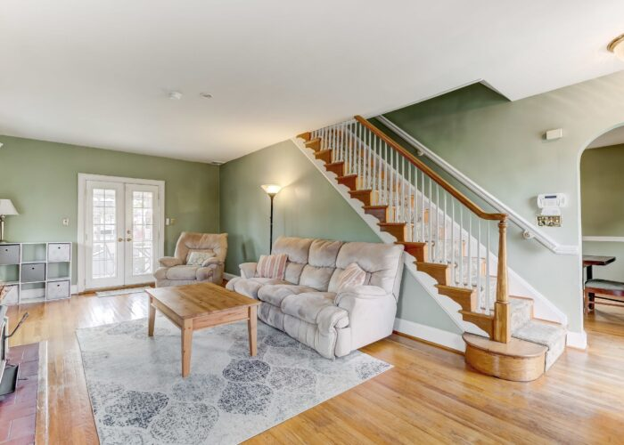 2821 Bauernwood Ave, living room with French doors