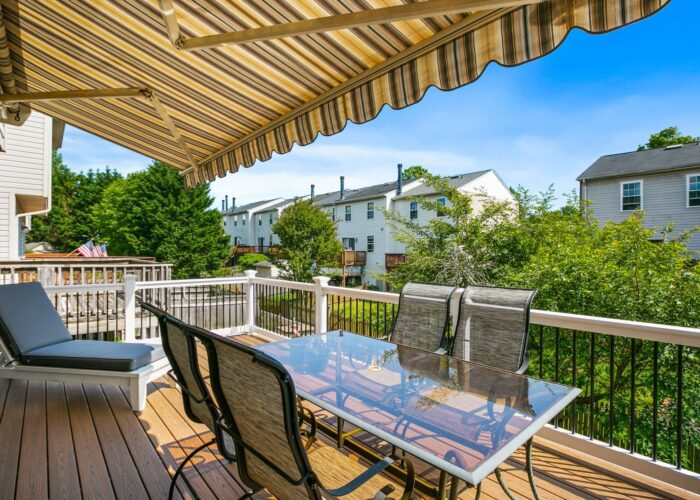 47 Cedarcone Court, deck with retractable awning