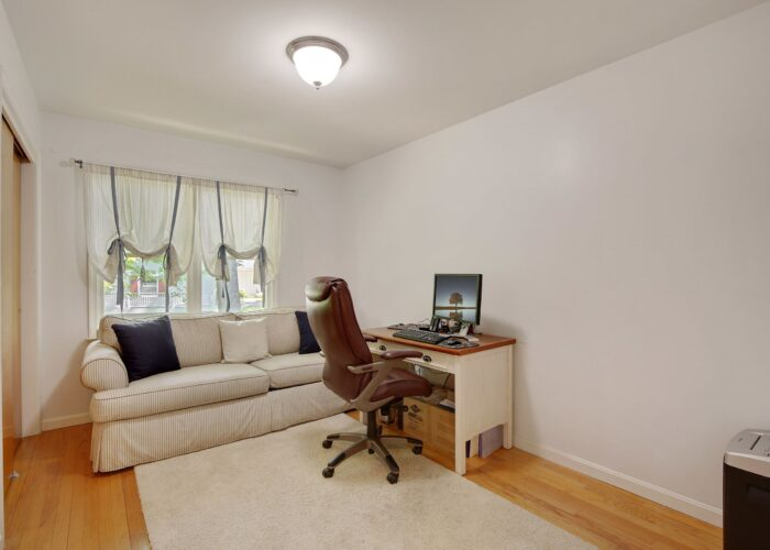 808 Gary Drive, bedroom with ceiling fixture