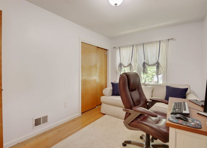 808 Gary Drive, second bedroom
