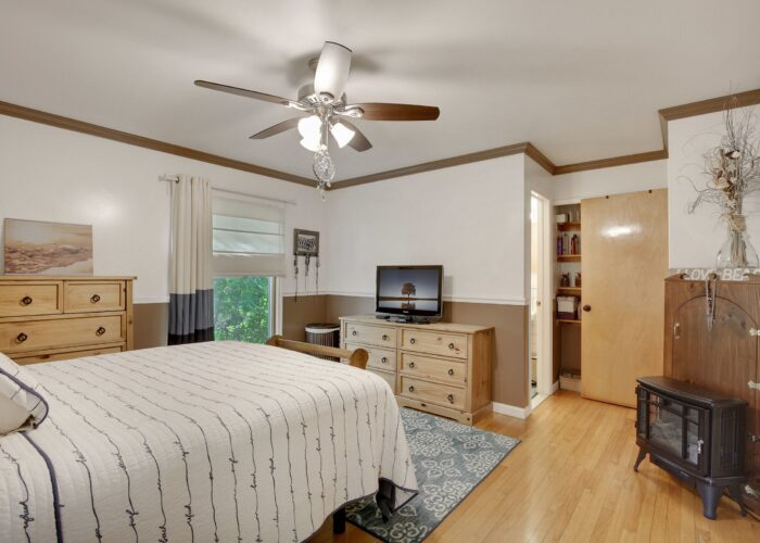 808 Gary Drive, bedroom 1 with ceiling fan