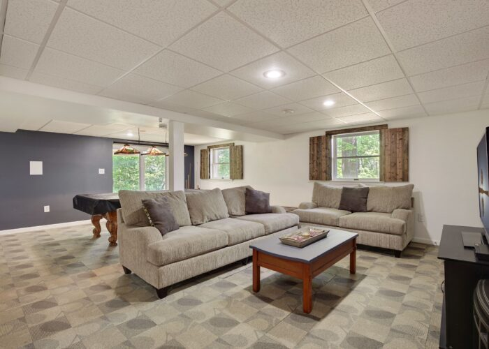 808 Gary Drive, rec room with lots of light