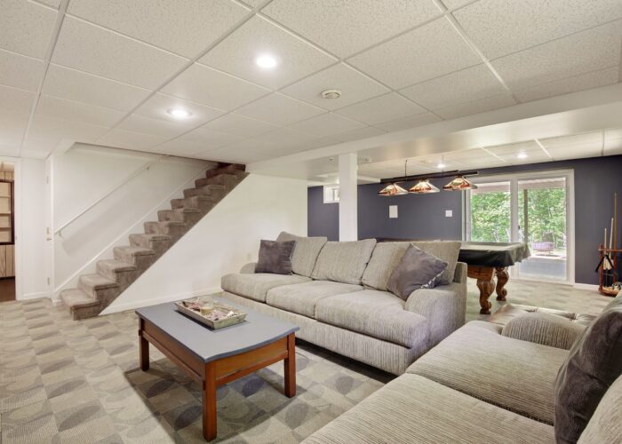 808 Gary Drive, room for a man cave