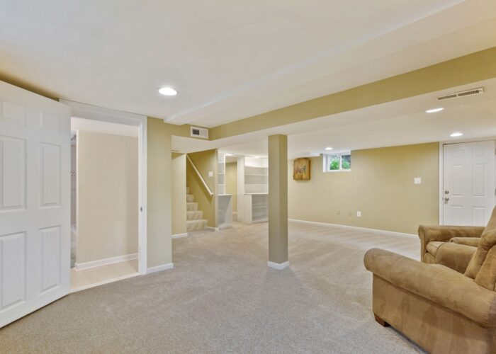 6716 Old Harford Road, lower level with lots of space