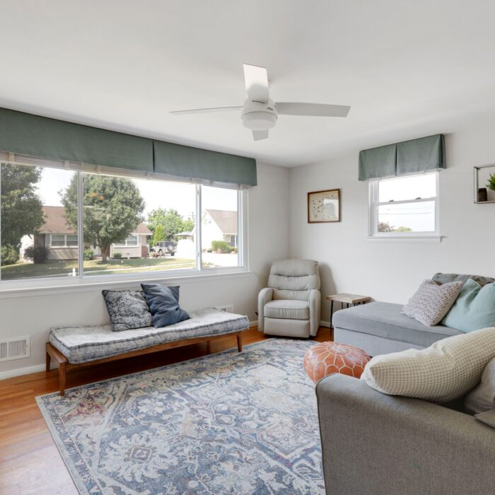 9646 Dundawan Road, living room with large window