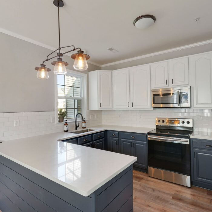 454 Deer Hill Circle, kitchen with stainless appliances