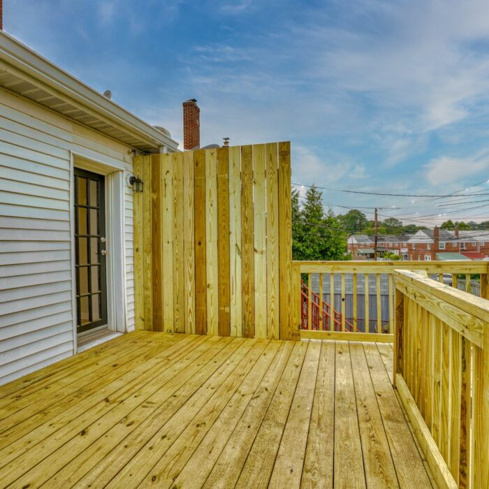 627 Dunwich Way, deck on back of house
